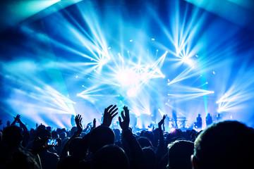 HYDE ライブツアー[ANTI WIRE]当選倍率と当選結果!穴場の会場は?